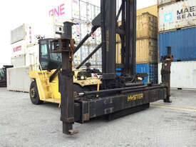9.0T Diesel Empty Container Handler - picture1' - Click to enlarge