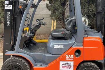 Toyota 2.5TON Forklift For Sale