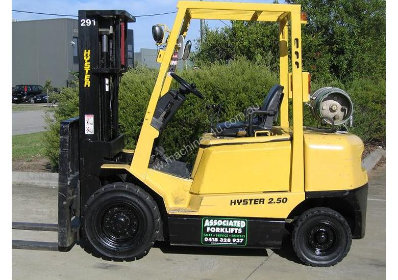 HYSTER 2.5t LPG Forklift with Container mast