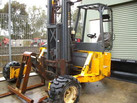 kooi appt , 2500kg , 3x3 , sizzor reach , push off - picture0' - Click to enlarge