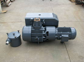 Large Industrial Rotary Vane Vacuum Pump - picture1' - Click to enlarge