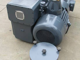 Large Industrial Rotary Vane Vacuum Pump - picture6' - Click to enlarge