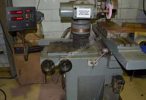 SAAKE Tool & Cutter Grinder with Digital Readout