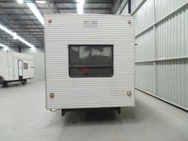1996 Traymark Caravan - picture3' - Click to enlarge