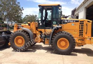 HYUNDAI HL 740-9 FRONT END LOADER