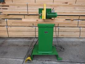 H R Cousens Model 80 Docking Saw