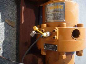 SINGLE HYDRAULIC RAM, 2200MM COLLAPSED - picture2' - Click to enlarge