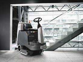 Nilfisk Compact Electric Floor Scrubber/Dryer CA331  - picture3' - Click to enlarge