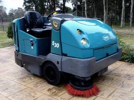 Tennant S30 Commercial Ride on Industrial Sweeper