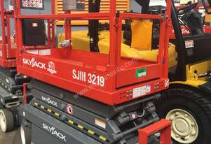 Skyjack Scissor Lift Hire From $180/pw 19ft-40ft