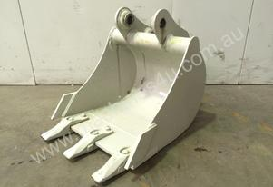430MM TOOTHED DIGGING BUCKET SUIT 1-2T D671