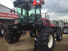 MacDon M205 Windrowers Hay/Forage Equip