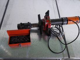 Pipe Beveller Internal Clamp - picture1' - Click to enlarge