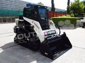 R160T COMPACT Track Loader [1.5 hours] MACHTL - picture0' - Click to enlarge