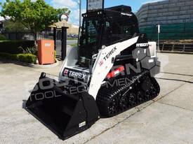 R160T COMPACT Track Loader [1.5 hours] MACHTL - picture2' - Click to enlarge
