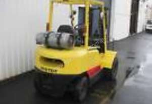 Hyster 2.5 ton/ tonne forklift  low hours