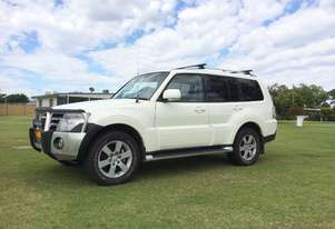 Mitsubishi Pajero Wagon Light Commercial