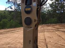 TECNA T300 HYDRAULIC BREAKERS - Exclusive to Boss Attachments - picture2' - Click to enlarge