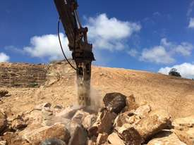 TECNA T300 HYDRAULIC BREAKERS - Exclusive to Boss Attachments - picture1' - Click to enlarge