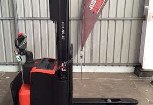 Bt   SWE120 WALKIE STACKER