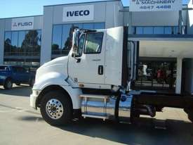 International  Cab chassis Truck - picture2' - Click to enlarge