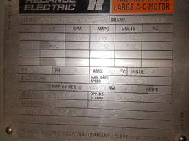 Electric Motor 832 KW - picture2' - Click to enlarge