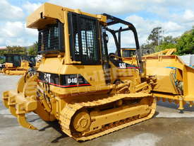 D4G XL Dozers Screens & Sweeps DOZSWP - picture0' - Click to enlarge