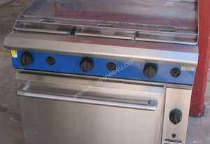 FLAT GRIL Lby  MOFFAT BLUE SEAL ,OVEN BENEATH