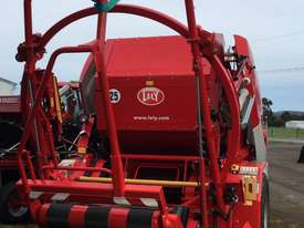 Lely Tornado RPC 245 Round Baler Hay/Forage Equip - picture1' - Click to enlarge