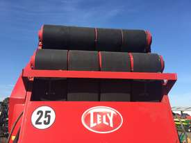 Welger RP545 Round Baler Hay/Forage Equip - picture2' - Click to enlarge