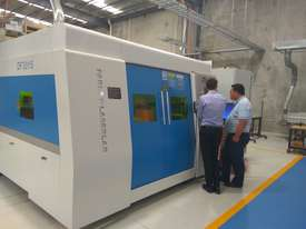 Farely MARVEL 12.0kW Fiber Laser machine 2.5m x 6m with Transfer Table - (LARGE MACHINE) - picture5' - Click to enlarge