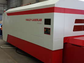 Farely MARVEL 12.0kW Fiber Laser machine 2.5m x 6m with Transfer Table - (LARGE MACHINE) - picture11' - Click to enlarge