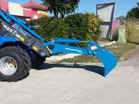 6.3+ Bee Loader 950kg Lift Capacity - picture6' - Click to enlarge