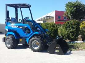 6.3+ Bee Loader 950kg Lift Capacity - picture8' - Click to enlarge
