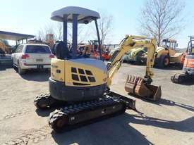 New Holland E27B Excavator - picture2' - Click to enlarge