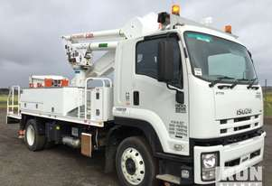 2015 Isuzu FTR 900 Premium 4x2 Elevating Work Platform