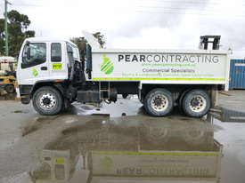 2005 Isuzu F3 FVZ1400 6x4 Tipper - In Auction - picture7' - Click to enlarge