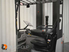 Nissan UMS 2 Tonne Ride Reach Truck 7.95m Lift Height - Sydney Location - picture11' - Click to enlarge