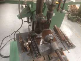 USED TOUGH DRILL /SQUARE CHISEL MORTISER - picture3' - Click to enlarge