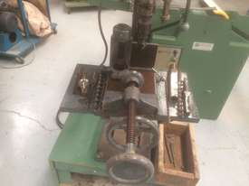 USED TOUGH DRILL /SQUARE CHISEL MORTISER - picture7' - Click to enlarge