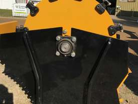 Stump Grinder Excavator - picture2' - Click to enlarge