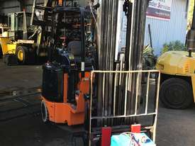 1.8T Bendi (7m Lift, 4-Stg MAST) Excellent Cond. (LOW Hrs) B40 Forklift - picture2' - Click to enlarge
