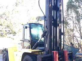 16T Counterbalance Forklift - picture3' - Click to enlarge