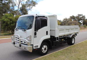 Isuzu FRR 500 Tipper in great condition