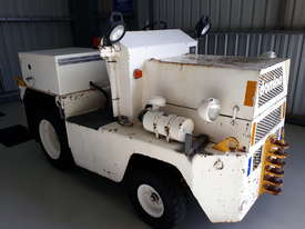 Domino TT53 Tow Tractor Aircraft TUG - picture2' - Click to enlarge