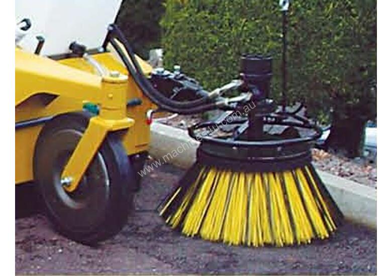 Multisweep MS270 Forklift Sweeper Bobcat Sweeper Sweeper Attachment Bucket Broom