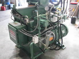 Header Hole Pierce Extrude Machine - picture7' - Click to enlarge