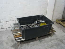 Header Hole Pierce Extrude Machine - picture12' - Click to enlarge