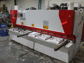 Machtech QC11Y - 6X3200 Hydraulioc Guillotine - picture0' - Click to enlarge