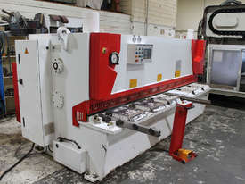 Machtech QC11Y - 6X3200 Hydraulioc Guillotine - picture1' - Click to enlarge